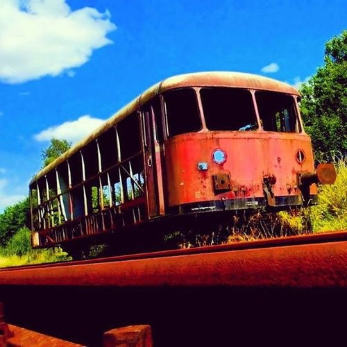 Train /Travel Resty Old Broke Sky Blue Railway Railroad Rails RailRoadTracks Iron Instagood Instadaily Dailymotion Outdoor Photogrid PhonePhotography Picture Picoftheday