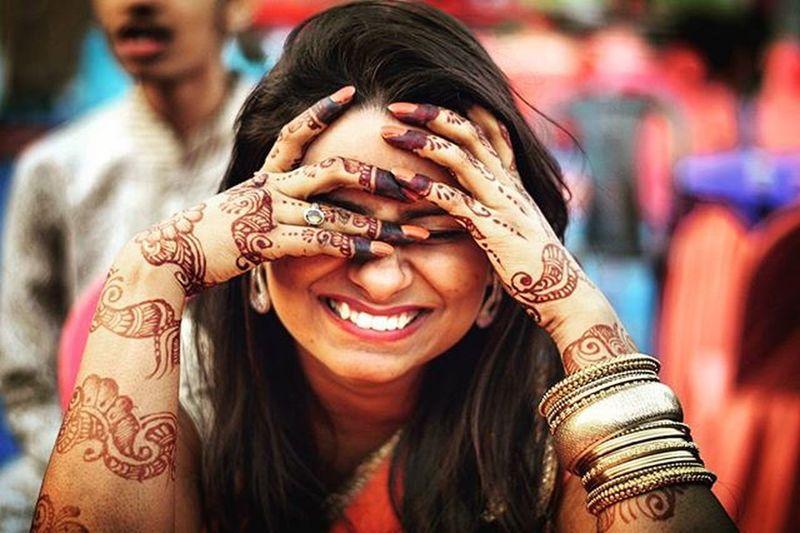 That Hidden Smile 😁😁 @krritika.v Photography Pushpamverma Wedding IndianWedding Traditional Iamexclusive Iamnikon Iamshutterbug India Indiaphotography People Nikon Nikonphotography D7200 Nikkor 50mm Bihar Patna Worldofportrait