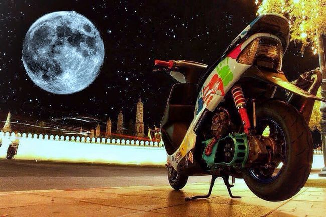 Night Moon Star - Space Astronomy One Person Adults Only Outdoors Space People Sky Adult Only Men Honda Dio Zx 2t_racing Scootet_racing Scooter_thailand Hamtaro_racing Thailand