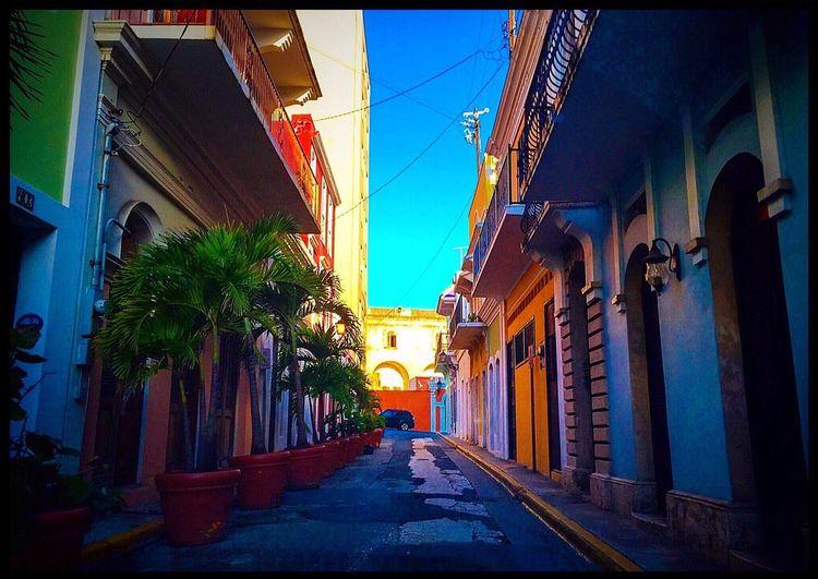 Viejo San Juan Sanjuan Streetphotography Street Puerto Rico Prphotoproject Meganvazquezphoto Puertoricotourism Discoverpuertorico Turismodepuertorico