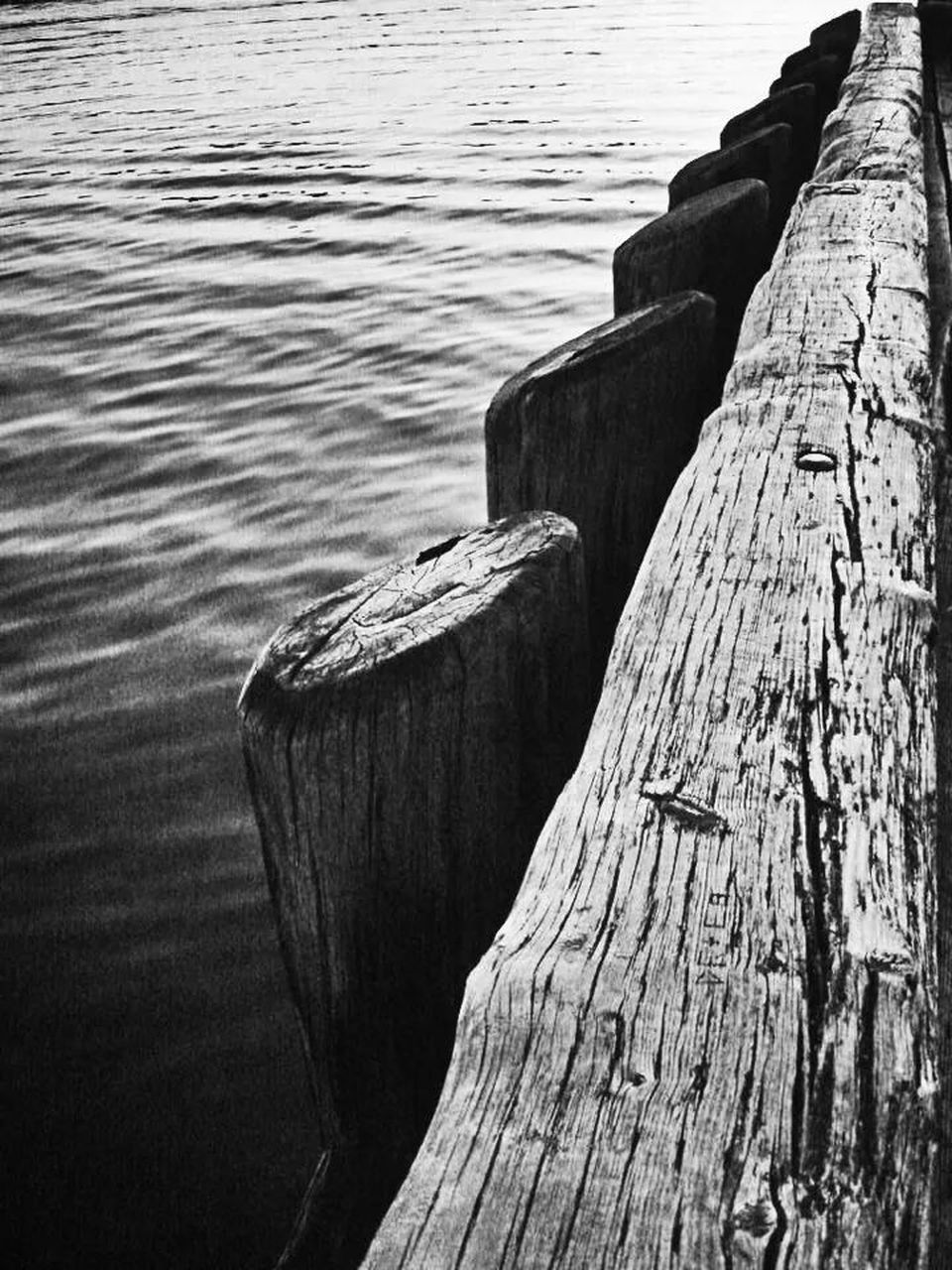 water, wood - material, lake, day, nature, no people, pier, outdoors, jetty, textured, tree trunk, wooden post, rippled, cleat, close-up, beauty in nature