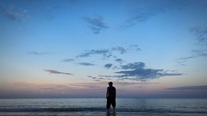 Sky Sea Horizon Over Water Sunset Beach Silhouette Nature Cloud - Sky Real People Scenics Beauty In Nature One Person Water Outdoors Standing Lifestyles Men Day People Happiness UnderSea Sommergefühle EyeEm Selects