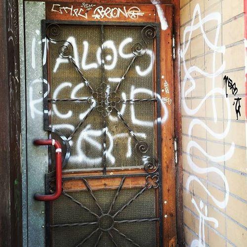 Berlin Graffiti Door Tür Eingangsbereich Rixdorf
