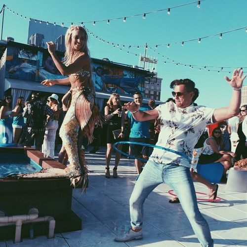Weekend here... What to do, what to do...... Los Angeles, California Arms Outstretched Building Exterior Celebration Cheerful Dancing Day Enjoyment Excitement Fun Happiness Hulla Hooping Goddess Large Group Of People Leisure Activity Lifestyles Mid-air Motion Outdoors Real People Smiling