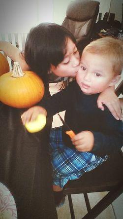 Pumpkin Carving Ladies Man Happy Halloween