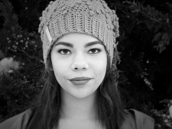 Portrait Headshot Looking At Camera One Person Front View Young Adult Hat Young Women Lifestyles Knit Hat Real People Close-up Focus On Foreground Women Adult Beautiful Woman Leisure Activity Day Hairstyle This Is Natural Beauty