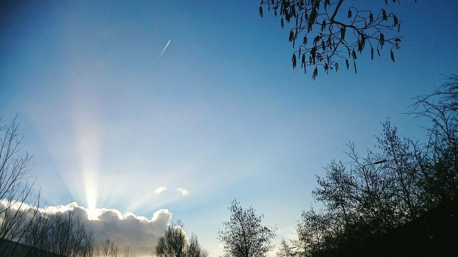 Hello World Sky And Clouds Sunrays Sunray Of Light Nature