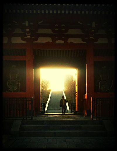 Streetphotography Temple Sunlight