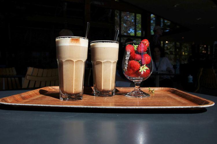 Kaffee - Mokka Norway🇳🇴 Trondheim Drink Food And Drink Freshness Fruit Refreshment Strawberry