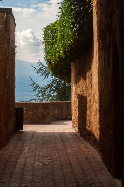 Architecture Urban Exploration My Point Of View Eye4photography  Montepulciano Italy Tuscany Perspective Tuscany Countryside Travel Destinations