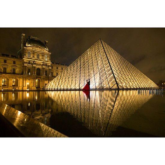 Lovre , Paris , late post ?.