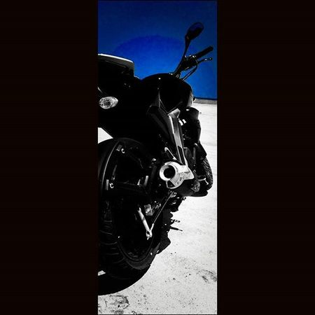 Photoshoot day 2.... Yamaharacing Blackbeast Howtotakegoodpictures with a Phonecamera FZ2 .0