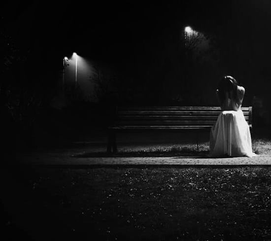 A volte, non basta // Empty Night Dark Park Black And White Tranquility Solitude Darkness Scenics Solitude And Silence No Love Long Hair Photography Themes Creativity Hurts