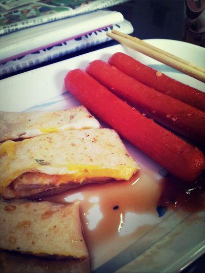 偶爾一個人的早餐也不錯:)