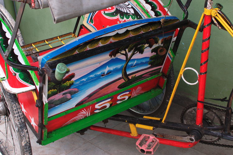 Scenes and details from Kanoman Market, Semarang. December 2017. Documentary Photography Farmers Market Traditional Market Day Details Details Of Pedicab Folk Art  No People Outdoors Painting Pedicab Streetphotography