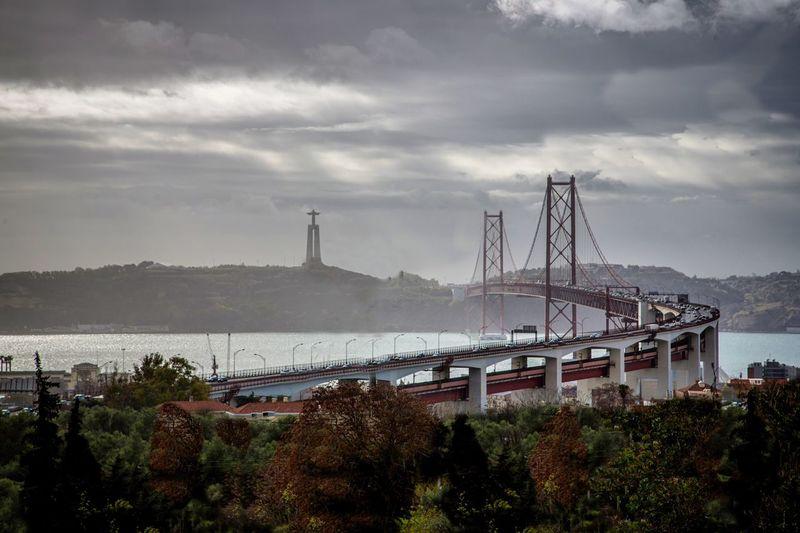 Brige Lisbon