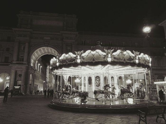 Night Illuminated Arts Culture And Entertainment Carousel City No People EmEyeNewPhoto Wonderful Florence Italy First Eyeem Photo Lighting Equipment Lights In The City Florence Electrical Light Horses