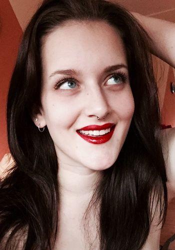 Red Lips Beautifull & Very Hot Hello World Holiday♡
