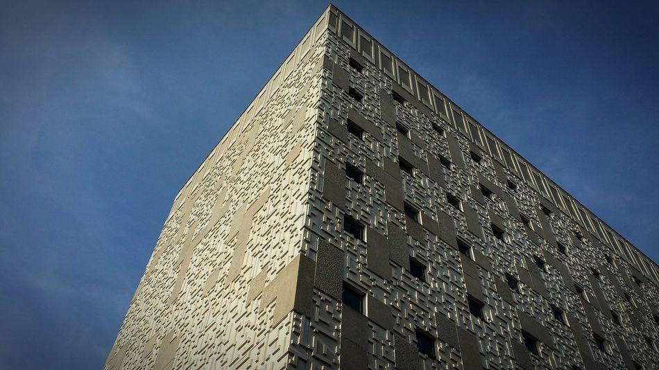 UW Madison Mcardle Madison Tetris Climbing Blue Sky Angles Shadow Widows Stories Symmetry Random Architecture West Side