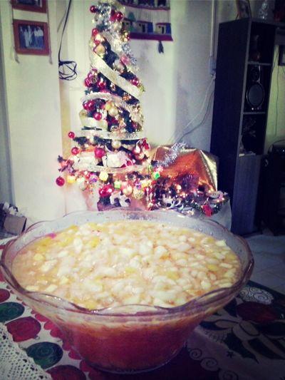 Merry Christmas! Happy :) Mi Mundo  Hello World ya paso navidad pero la foto no se subio jeje feliz navidad!!!!