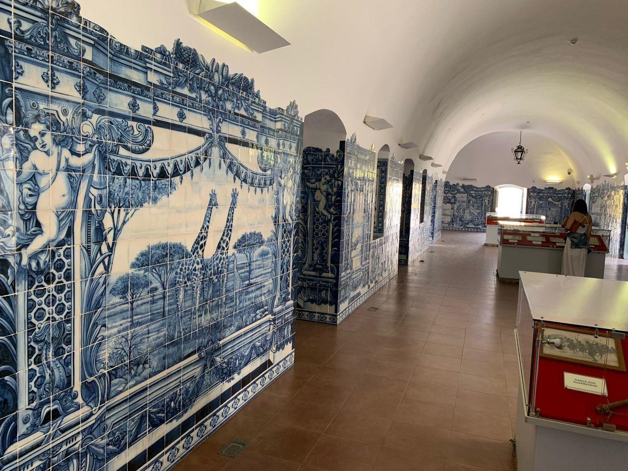PANORAMIC VIEW OF ILLUMINATED BUILDINGS IN MUSEUM