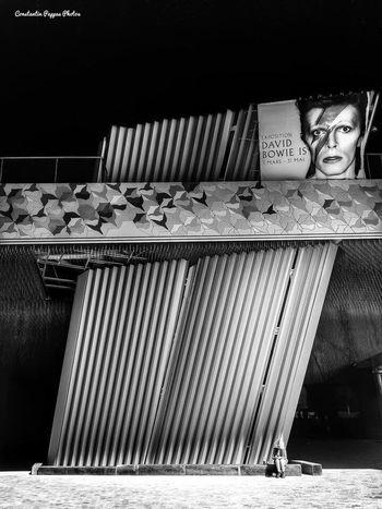Bowie Paris Black And White Black & White Blackandwhite Photography Black&white Blackandwhitephotography Black And White Photography Blackandwhite Streetphotography Streetphoto_bw Street Photography