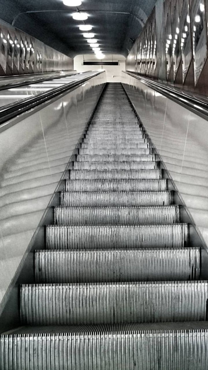 steps, staircase, steps and staircases, railing, the way forward, indoors, escalator, connection, illuminated, modern, built structure, architecture, no people, convenience, technology, hand rail, day