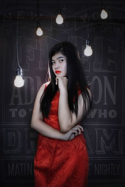 Top Model Modelgirl Model Pose Model Shoot Indoinstagram Indoors  INDONESIA Martapura Beautiful Color Potrait  Potretfotografi Beauty In Nature Potrait_photography The Potraitist - 2015 EyeEm Awards Potrait Potrait Of Woman Natural Beauty People Photography Photography First Eyeem Photo Beauty Of Decay Fall Beauty Bintangstudio777
