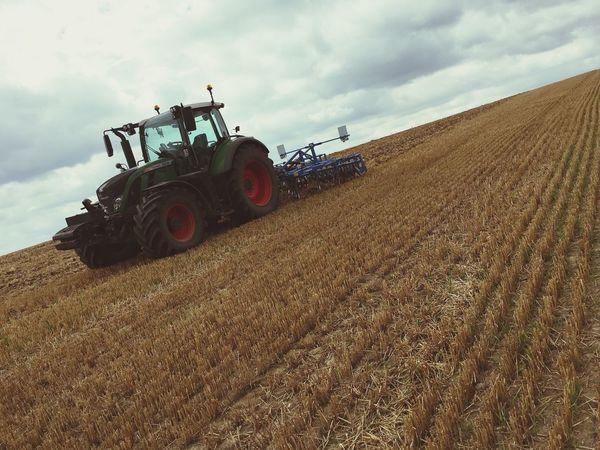 Tractor Tracteur Champ Tractors Cultivation Cultivator Agriculture Agricole Dechaumeur Thatching Eteule Stubble Fendt