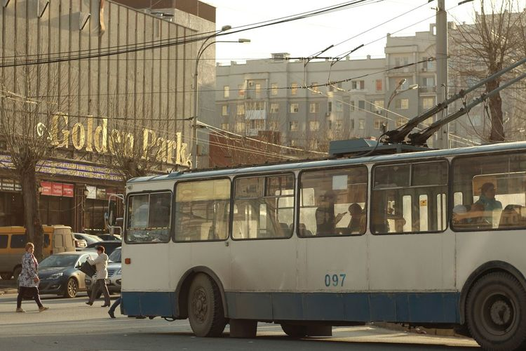 Spring City Cityscapes City Life Trolleybus Transport Helios 44-2 58mm F2 Helios 44-2 Old Lens Architecture Street Sunny Day Taking Photos Lifestyles Building