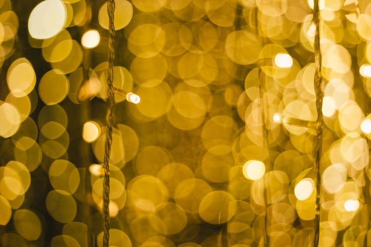Illuminated Backgrounds Decoration Pattern No People Glowing Defocused Lighting Equipment Night Light Light - Natural Phenomenon Christmas Shape Electric Light Circle Geometric Shape Electricity  Abstract Lens Flare Holiday Celebration Christmas Lights Christmas Christmas Lights