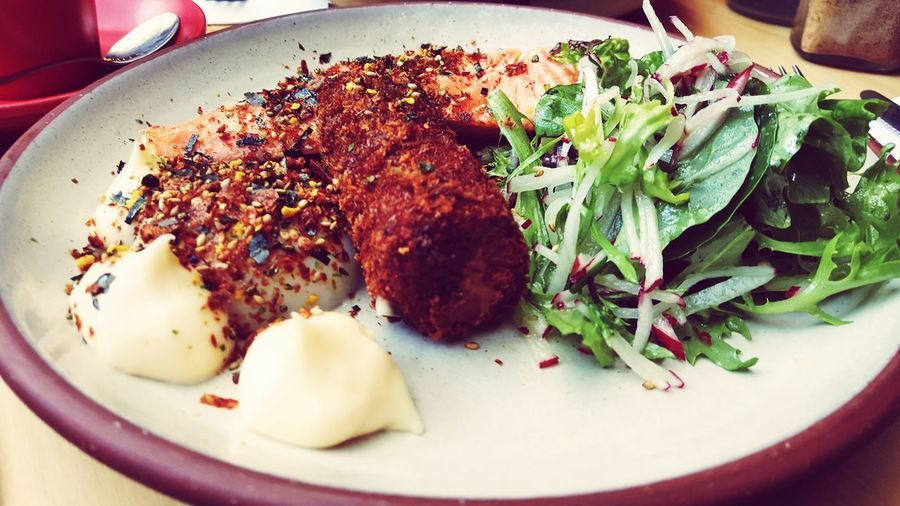 """Apparently, """"you haven't been to Devon, till you try the Breakfast with the Sakuma's"""". Frankly,I'd say the crowd is right. The msio grilled king salmon, smoked eel croquette, 63-degree egg, radish petit salad & kewpie mayonnaise makes this the purfect meal to begin the day. Just not the coffee. Eggporn, Nomnomnom No Yolk Porn Food Porn Foodgasm Not The Best Shot Mouthgasm  Grilled Salmon Eel Croquette"""