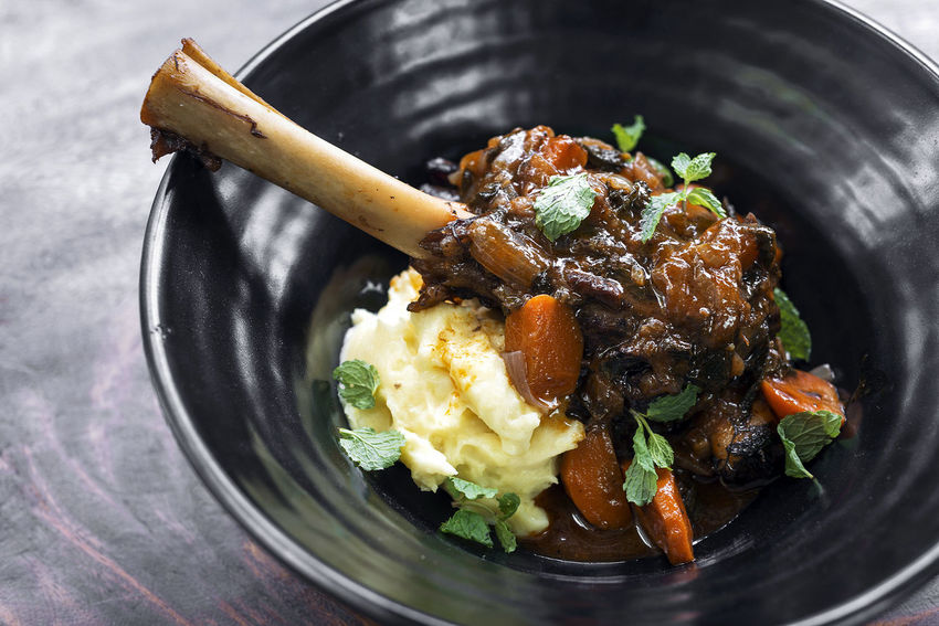 leg of lamb with mashed potato vegetables and gravy Classic Lamb Leg Mashed Potatoes Meal Close-up Day Food Food And Drink Freshness Gourmet Gourmet Food Gravy Healthy Eating Indoors  Leg Of Lamb Meat No People Ready-to-eat