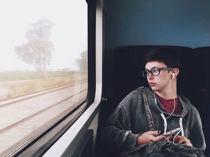 The Portraitist - 2016 EyeEm Awards My Commute Mytrainmoments Mydtrainmoments Israel Woman Portrait Woman Mobile Photography Mobilephotography Portrait Feel The Journey On The Way