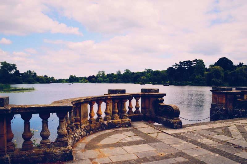 Lake, Hever Castle Beauty In Nature Tranquil Scene Tranquility Built Structure EyeEm Best Shots Photooftheday VSCO Photography Lake Lake View Scenics Castle Grounds