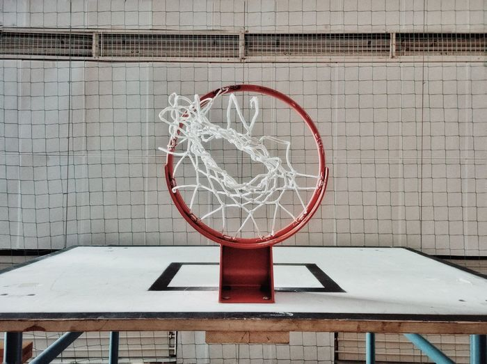 Lumiaphotography Nokia  Lumia1520 Mobile Photography Mark Brickwall Brickstones Bricks Mural Wall Sport Gym Gymnasium Sports Outdated Indoors  Damaged Basketball Basketball Hoop