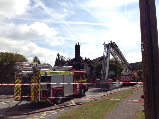 Shame to see Nora's thatched cottage like this. I'm sure @firedidcot are doing a great job.