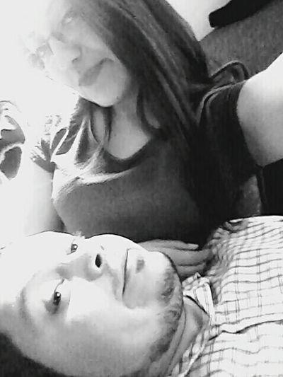 SabadoLindo Tu Y Yo :3 <3 Amandote disfrutando de tu compañia, me doy cuenta que es contigo con quien quiero pasar todos mis dias... Te Amo♥