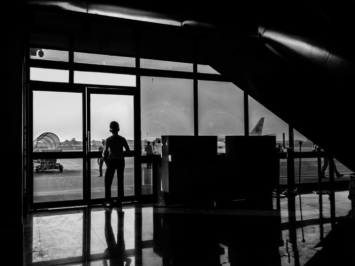 I'm in my next plane home. Plane Passion Airport Airplane Terminal Monochrome People EyeEm Gallery My Favorite Photo EyeEm Best Shots Street Photography The Street Photographer - 2016 EyeEm Awards