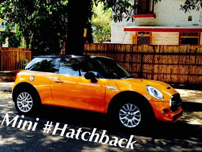 Mini it is a hatch back car and it is captured at Pune For more photos follow me on Instagram : KULKARNIABHI004_AK