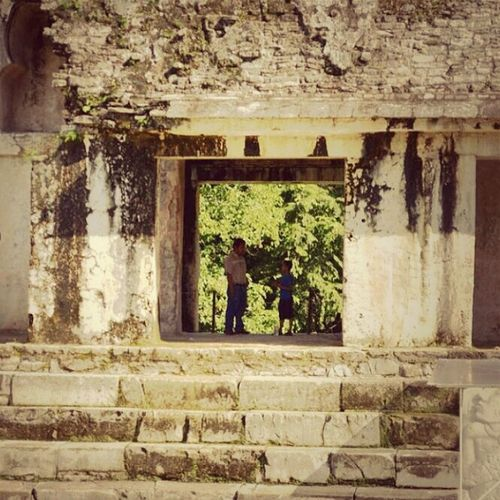 Hanging Out Traveling Beautiful Talking Enjoying Life Ruins Palenque