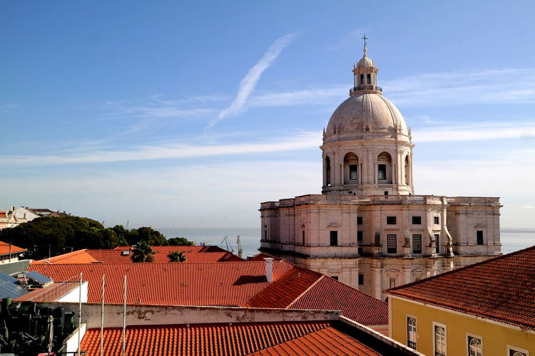 Alfama Blue Sky White Clouds Cathedral Church EyeEm Best Shots EyeEm Gallery EyeEmBestPics From My Point Of View Igreja De Santa Engrácia Lisboa, Portugal Portugal The Week On EyeEm Blue Sky Building Exterior Built Structure Cityscapes Cloud - Sky Dome Eye4photography  Lisboa Lisboa ♡ Museum Religion Rooftops Spirituality