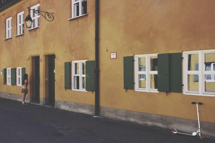Fuggerei Augsburg Eyeemphoto Color Palette Pivotal Ideas Green Window Enjoying Life Eyeemphoto Fresh On Eyeem
