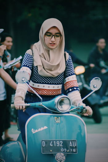 Schooter girl.. Adult Women Young Women People Young Adult Only Women Outdoors Lifestyles Adults Only Friendship Togetherness Standing Day Portrait Nature Vespagirl Vespavintage Vespa Indonesia Moods Competition One Person Real People The Portraitist - 2017 EyeEm Awards The Portraitist - 2017 EyeEm Awards