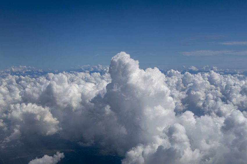 Sky Cloud - Sky Cloudscape Scenics - Nature Beauty In Nature Backgrounds Atmosphere Nature No People Blue Overcast Dramatic Sky Environment Idyllic Tranquility Outdoors Wind White Color Above Softness Meteorology