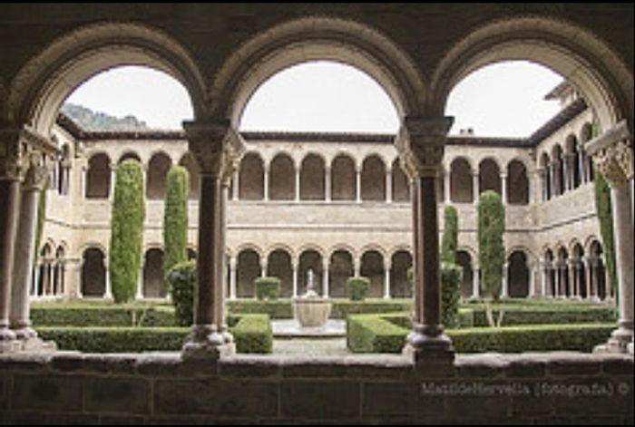 Claustro Santa Maria de Ripoll Ripolles Girona
