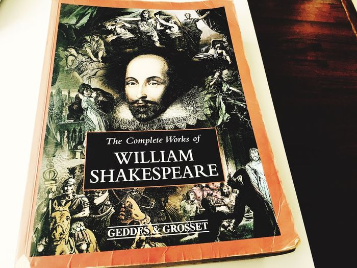 William Shakespeare Bookworm Reading A Book Love Book Litrature Novel Writter Stories Unfold Stories