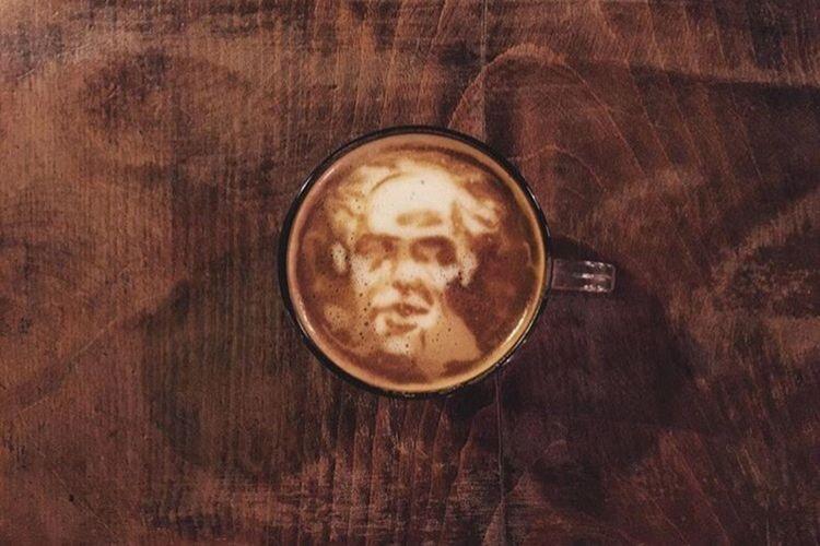 Coffeekesh-My work Coffeekesh Portrait Coffee Cafe Latte Latteart Coffeelatte Espresso Konjcafe Dadbeh Painting Sketch