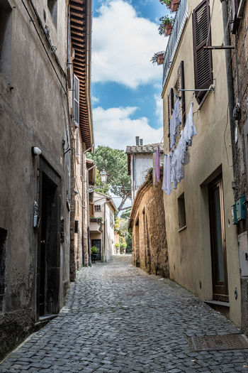 Food And Drink Italia Umbria, Italy Umbrian Landscape Alley Architecture Building Exterior Built Structure Cobblestone Day Italy Italy❤️ No People Outdoors Sky Streetphotography The Way Forward Umbrian Sky Window