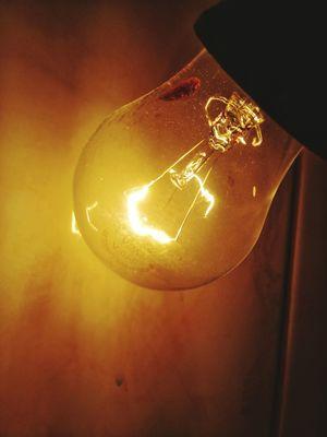 No People Close-up Illuminated Filament Electricity  Studio Shot Light Bulb Indoors  Day Light Bulb Light Electric Lamp Electric Light E27 Edison Light Bulb Edison Bulbs Edison Bulb Edison Bulbs Light Bulbs Lightning HuaweiP9 Indoors  Electricity  Glowing Lighting Equipment Break The Mold